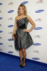 Carrie Underwood wears Rubin Singer - 2014 Samsung Hope for Children Gala