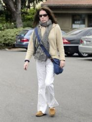Lara Flynn Boyle out shopping in Beverly Hills