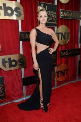 Kaley Cuoco: 22nd Annual Screen Actors Guild Awards - Red Carpet