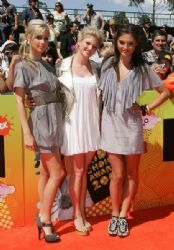 Arrivals At Nickelodeon Australian Kids' Choice Awards 2008