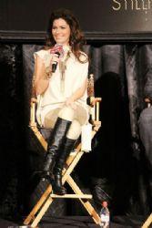 Shania Twain: host a press conference at the Roman Ballroom at Caesars Palace Hotel and Casino in Las Vegas