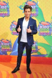 Nathan Kress: Nickelodeon's 27th Annual Kids' Choice Awards - Arrivals