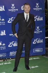 Tiziano Ferro: Cadena Dial Awards 2015 in Tenerife
