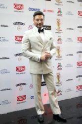 Julián Gil: TVyNovelas Awards 2015