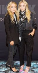 Mary Kate and Ashley Olsen:aunch of their new Bik Bok collection