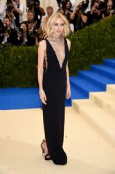 Naomi Watts   in Stella McCartney Dress  : 2017 Met Gala