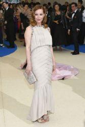 Leslie Mann in Chanel  :  2017 Met Gala