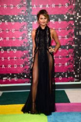 Chrissy Teigen: 2015 MTV Video Music Awards - Red Carpet