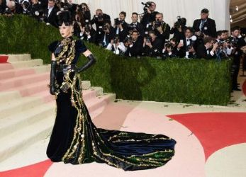 Katy Perry: 'Manus x Machina: Fashion In An Age of Technology' Costume Institute Gala - Arrivals