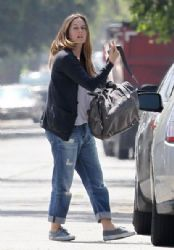 Alicia Silverstone: hits up a pilates class in Los Angeles