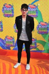 Matt Bennett: Nickelodeon's 27th Annual Kids' Choice Awards - Arrivals