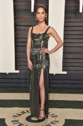 Olivia Munn: 2016 Vanity Fair Oscar Party Hosted By Graydon Carter - Arrivals