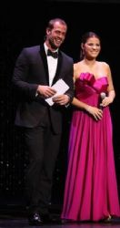 William Levy and Maite Perroni perfect together for the award presentation