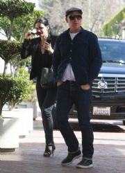 Courteney Cox: shops in Beverly Hills