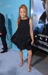Lea Thompson: the Hollywood premiere of 'Flight'