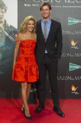 Chris Hemsworth and Elsa Pataky: 'En El Corazon del Mar' Premiere