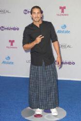 Jonathan Islas: Telemundo's Premios Tu Mundo Awards 2016- Arrivals