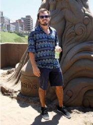 Benjamín Rojas: beach fun