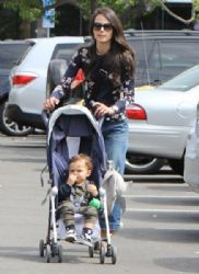 Jordana Brewster:  out for lunch with her son Julian at the Brentwood Country Mart in Brentwood