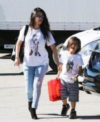 Kourtney Kardashian: take her daughter Penelope to a dance class in Tarzana