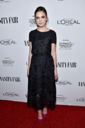 Bailee Madison: Vanity Fair, L'Oreal Paris, & Hailee Steinfeld Host DJ Night