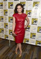 Actress Lana Parrilla attends