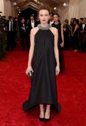 Carey Mulligan wears Balenciaga - 2015 Met Gala