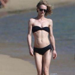 Vanessa Paradis: beach look