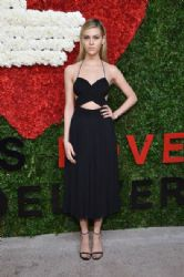Nicola Peltz wears Michael Kors - God's Love We Deliver, Golden Heart Awards
