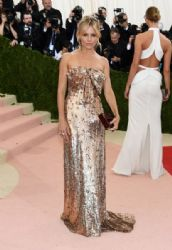 Sienna Miller: 'Manus x Machina: Fashion In An Age of Technology' Costume Institute Gala - Arrivals