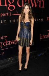 Kelsey Chow arrives at the premiere of Summit Entertainment's