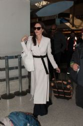 Angelina Jolie Arriving at LAX (March 11, 2017)