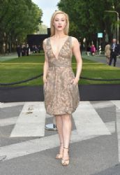 Sarah Gadon wears Giorgio Armani - Giorgio Armani 40th Anniversary Celebration