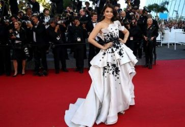 Aishwarya Rai wears Ralph & Russo - 'Youth' Cannes Film Festival Premiere