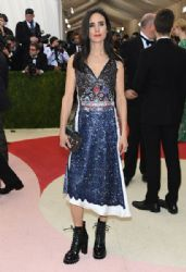 Jennifer Connelly : 'Manus x Machina: Fashion In An Age of Technology' Costume Institute Gala - Arrivals
