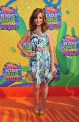 Jayma Mays: Nickelodeon's 27th Annual Kids' Choice Awards - Arrivals