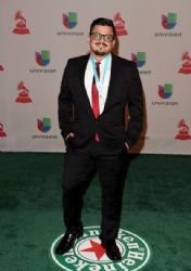 Ricky Luna: Green Carpet Arrivals at the Latin Grammy Awards 2014