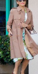 Eva Mendes: ran errands and got her nails done in Santa Monica