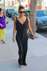 Eva Longoria Stops By A Salon In Beverly Hills