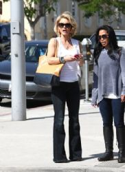 Kelly Carlson: out and about in Los Angeles