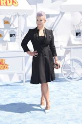 Kelly Osbourne attends The 2015 MTV Movie Awards