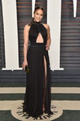 Paula Patton: 2016 Vanity Fair Oscar Party Hosted By Graydon Carter - Arrivals