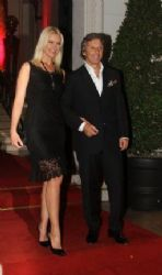 Valeria Mazza and Alejandro Gravier: 10 year anniversary party