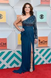 Martina McBride : 51st Academy of Country Music Awards - Arrivals