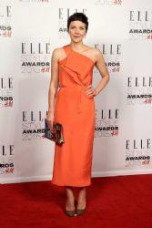 Maggie Gyllenhaal wears Roland Mouret - Elle Style Awards 2015