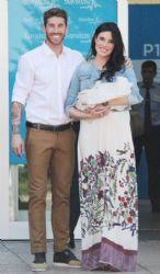 Sergio Ramos and Pilar Rubio: newborn first look