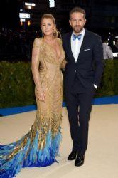Blake Lively & Ryan Reynolds :   2017 Met Gala