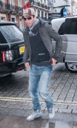 Enrique Iglesias: London look