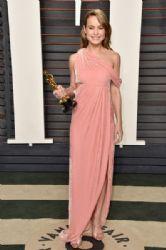 Brie Larson: 2016 Vanity Fair Oscar Party Hosted By Graydon Carter - Arrivals