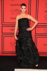 Linda Evangelista wears Oscar de la Renta -  2013 CFDA Fashion Awards